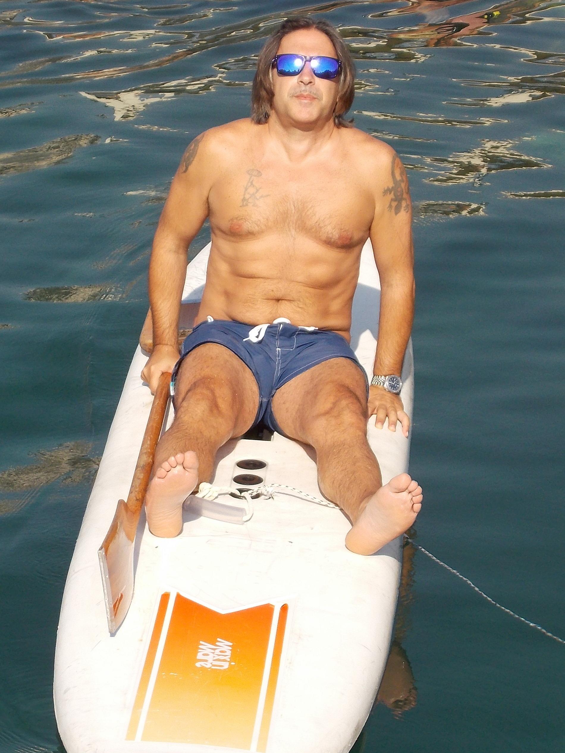 Maurizio Scuderi - 47 anni - Avvocato - Mio atleta di pallavolo e mio alunno al Cutelli nei primi anni '80, ci siamo rincontrati, dopo quasi 30 anni, grazie a Facebook. Ha accettato, utilizzando l'escursione, di rivederci ed abbiamo avuto la possibilità di un buon amarcord. -INPIENAFORMA-