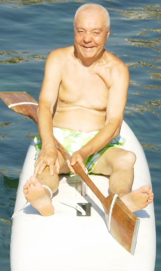 Pino Fuoti (classe 1936) - Mio vicino di casa della prima metà del secolo scorso. Non ci frequentavamo perché lui era più grande di me, ma ero amico del fratello Gaetano, mio coetaneo-UFRATIERAUNURAPRIMARUTTA-