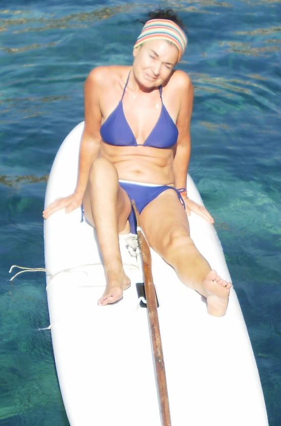 Antonella Scattareggia (Antonella Max Mara) - Conosciuta davanti al mare del Solarium di Piazza Europa si è subito mostrata entusiasta, anche se un po' insicura sul farcela. In realtà se l'è cavata benissimo -USULI'NTAL'OCCHI-
