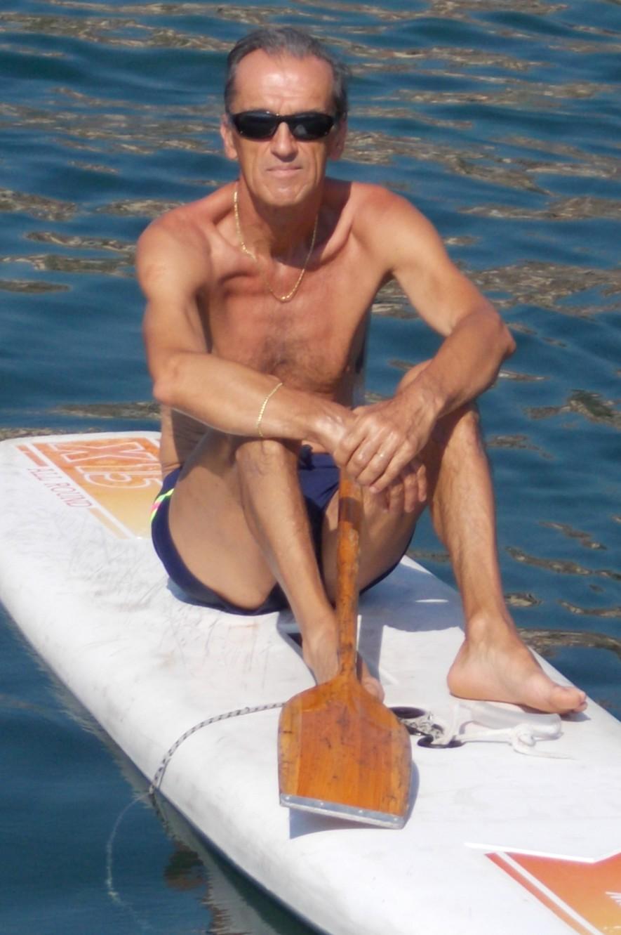 """Giovanni Ambrosioni - 62 anni - Milanese, in vacanza a Catania, si è prenotato via mail ma è stato sfortunato. Siamo partiti nella tarda mattinata e, dopo pochi minuti, si è alzato il grecale ed il mare ha cominciato ad incresparsi sempre più. Siamo arrivati a """"LA NAVE"""" e quindi ritiro.-RIPROVEREMO-"""