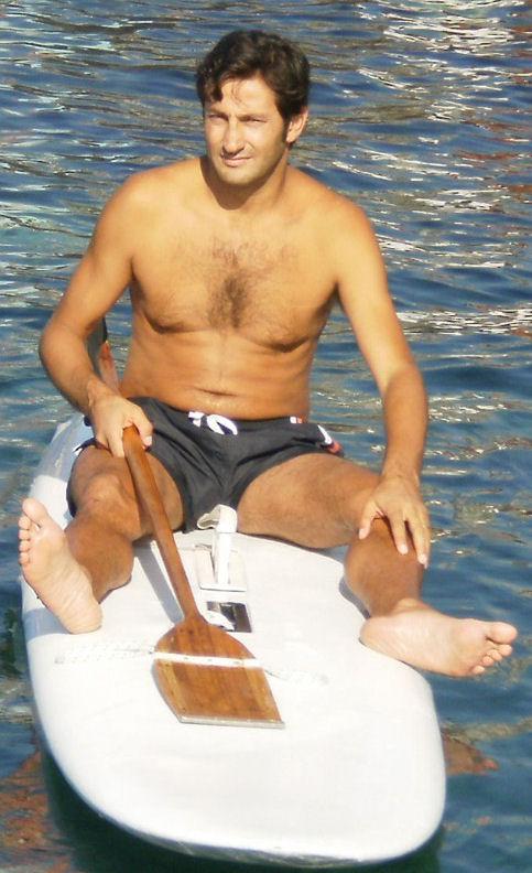 """Mario Bella - Pallavolista, anche se non mio, del mio """"periodo d""""oro"""", è in atto nel Gruppo Elicotteri Della Guardia di Finanza. Non ci vedevamo da più di 20 anni, quindi veramente una bella rimpatriata. -ECIMISIMACARIULINK-"""